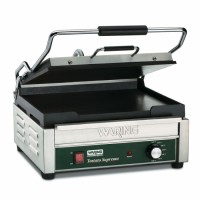 Waring Commercial WFG250 Tostado Supremo Large Flat Toasting Grill 120V